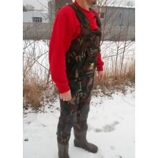 Behr spodniobuty neoprenowe camou(moro) 4mm gumowe